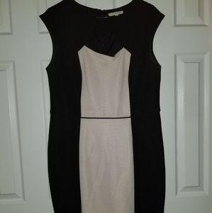 Trendy sleeveless dress